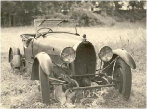 23 Nov 10] : : Stolen Bugatti type 43 of Michel Dovaz surfaces (or